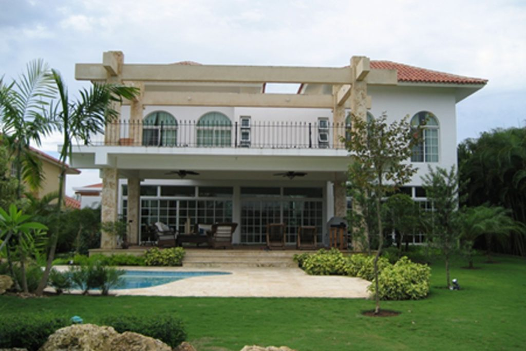 Villa en el Metro Country Club